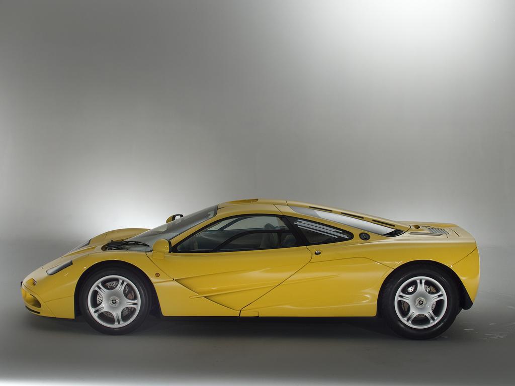 1997_McLaren_F1_0