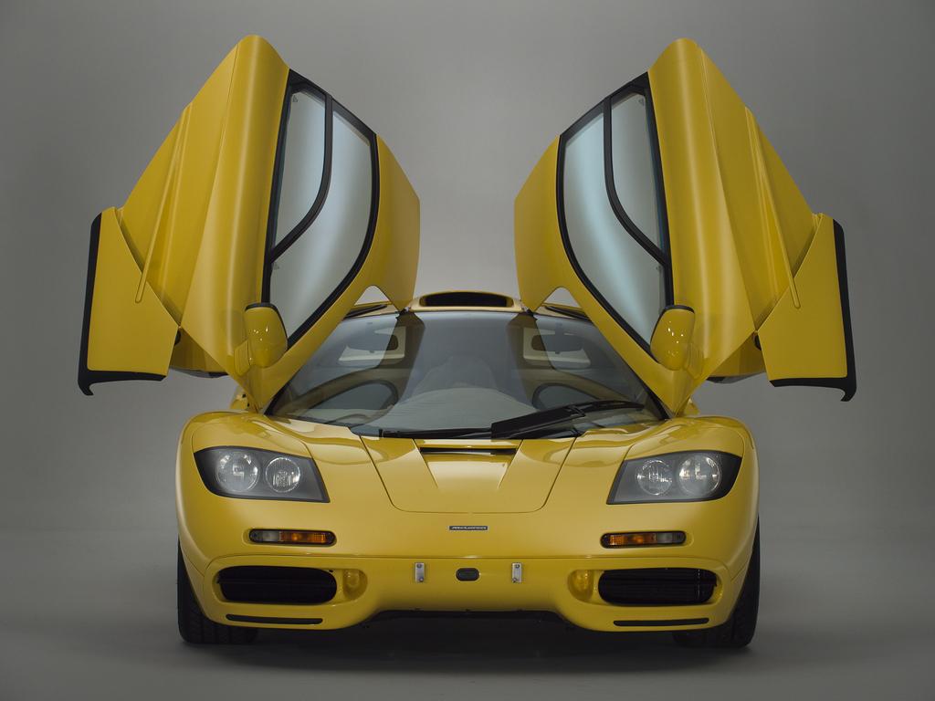 1997_McLaren_F1_1