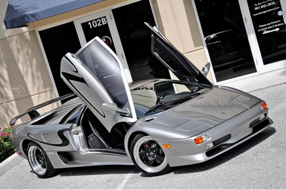 1998_Lamborghini_Diablo_SV_For_Sale_02