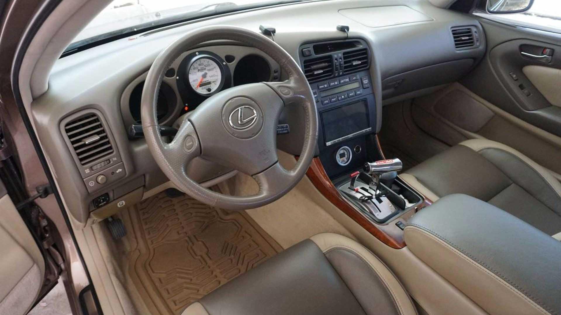 1999_Lexus_GS300_Sleeper_07