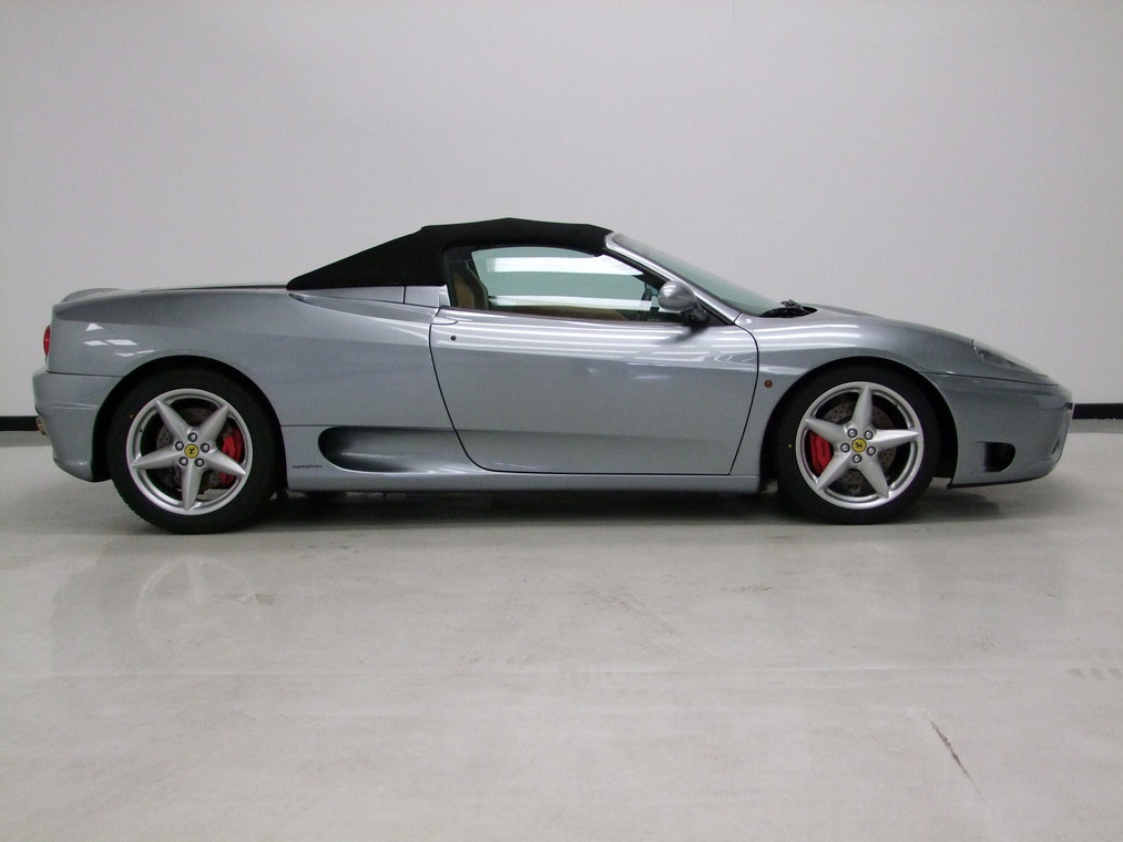 2002_Ferrari_360_Spider_auction_03