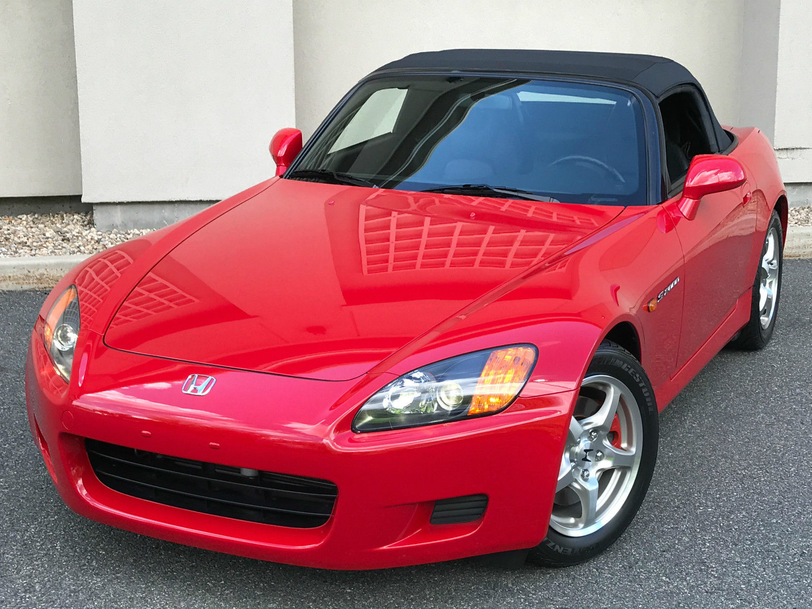 2002_Honda_S2000_for_sale_02