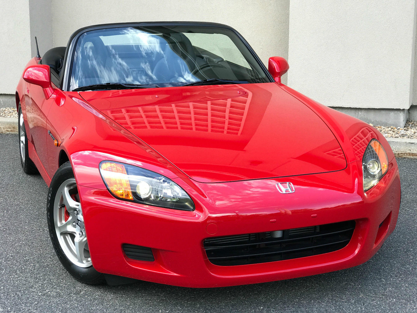 2002_Honda_S2000_for_sale_03