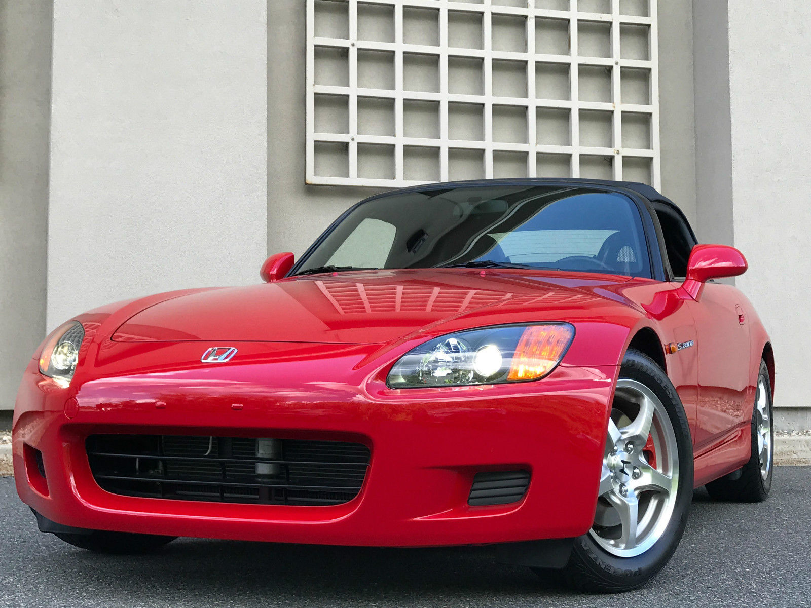 2002_Honda_S2000_for_sale_06