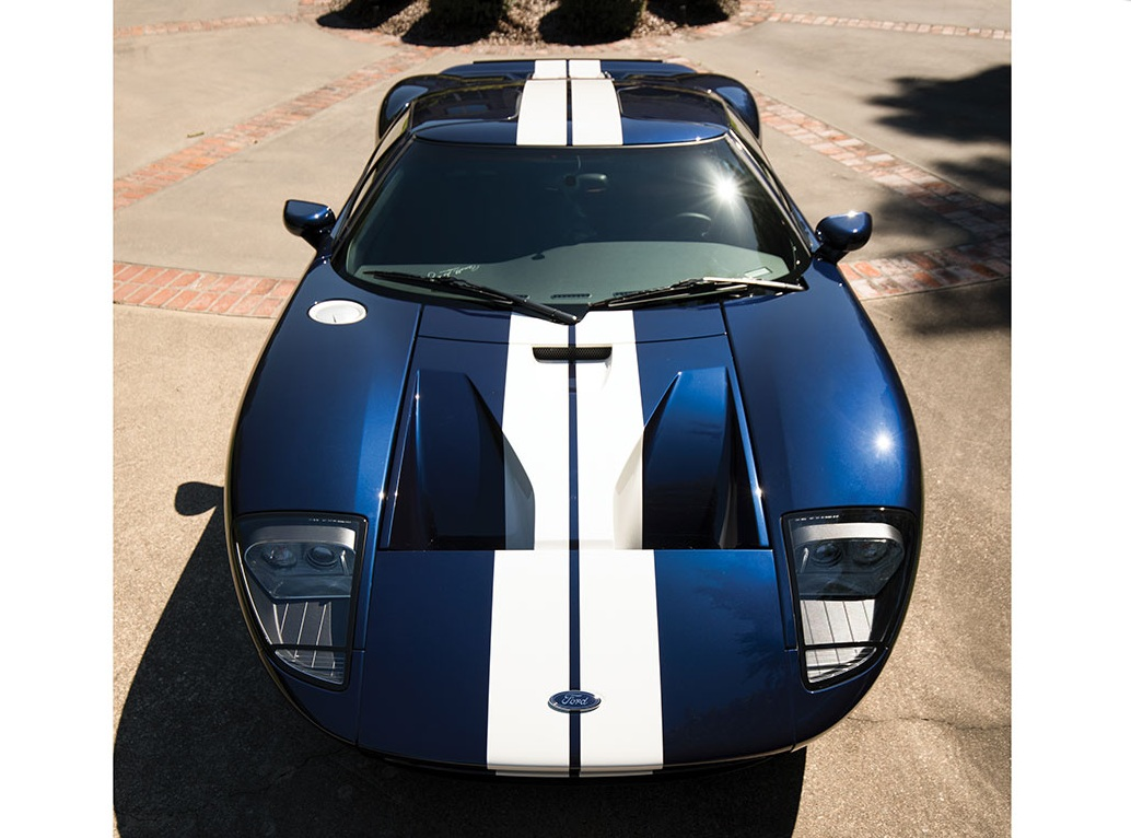 2006_Ford_GT_28