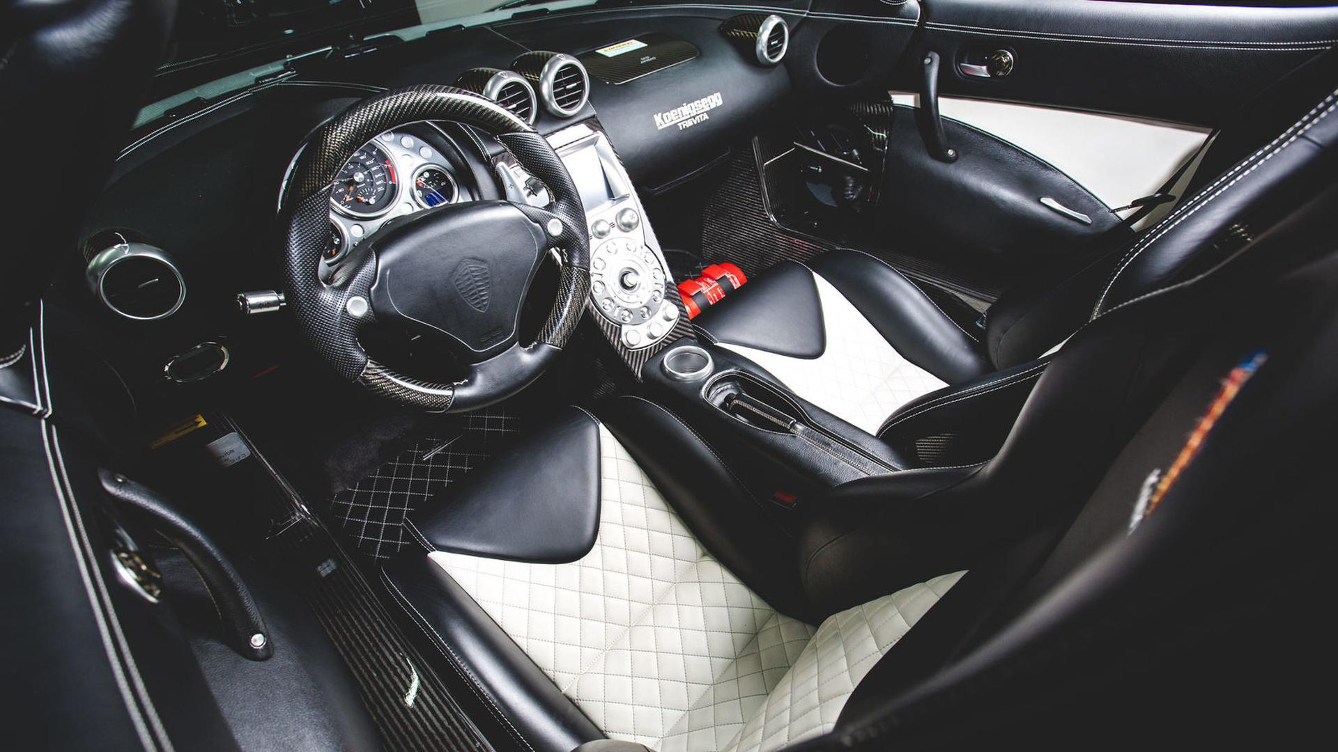 2010_Koenigsegg_CCXR_Trevita_10