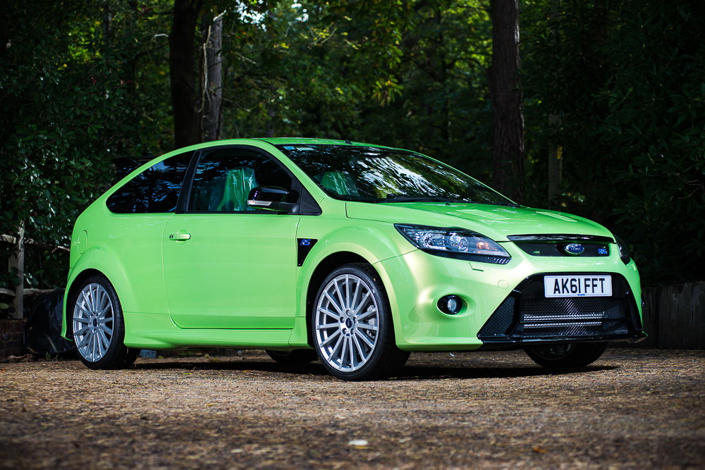 2011_Ford_Focus_RS_auction_01