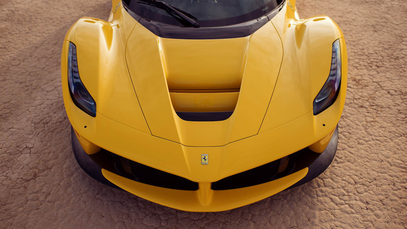 2015_Ferrari_LaFerrari_auction_0010