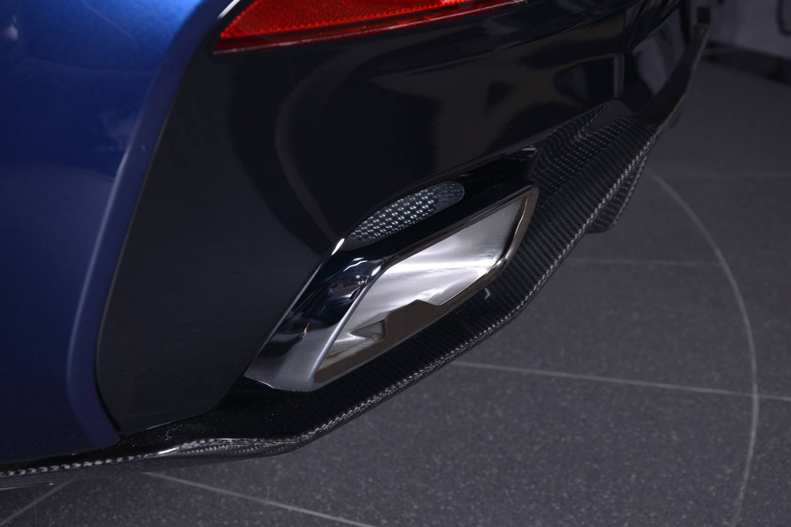 2017_BMW_540i_M-Performance_21
