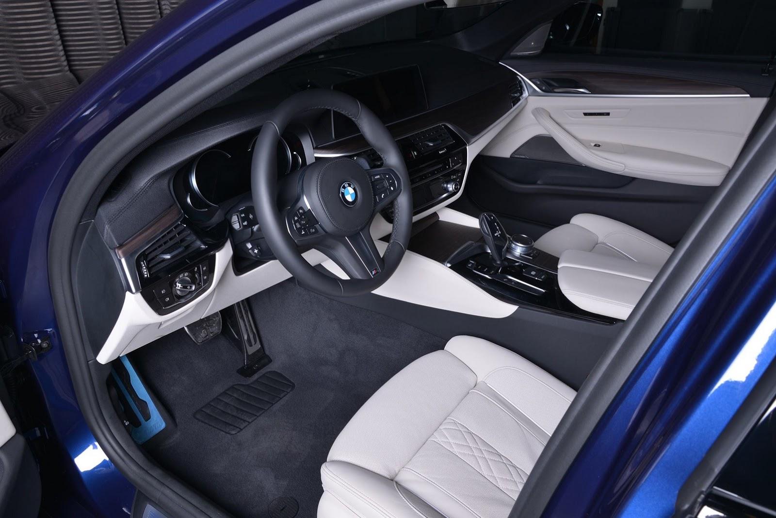 2017_BMW_540i_M-Performance_23