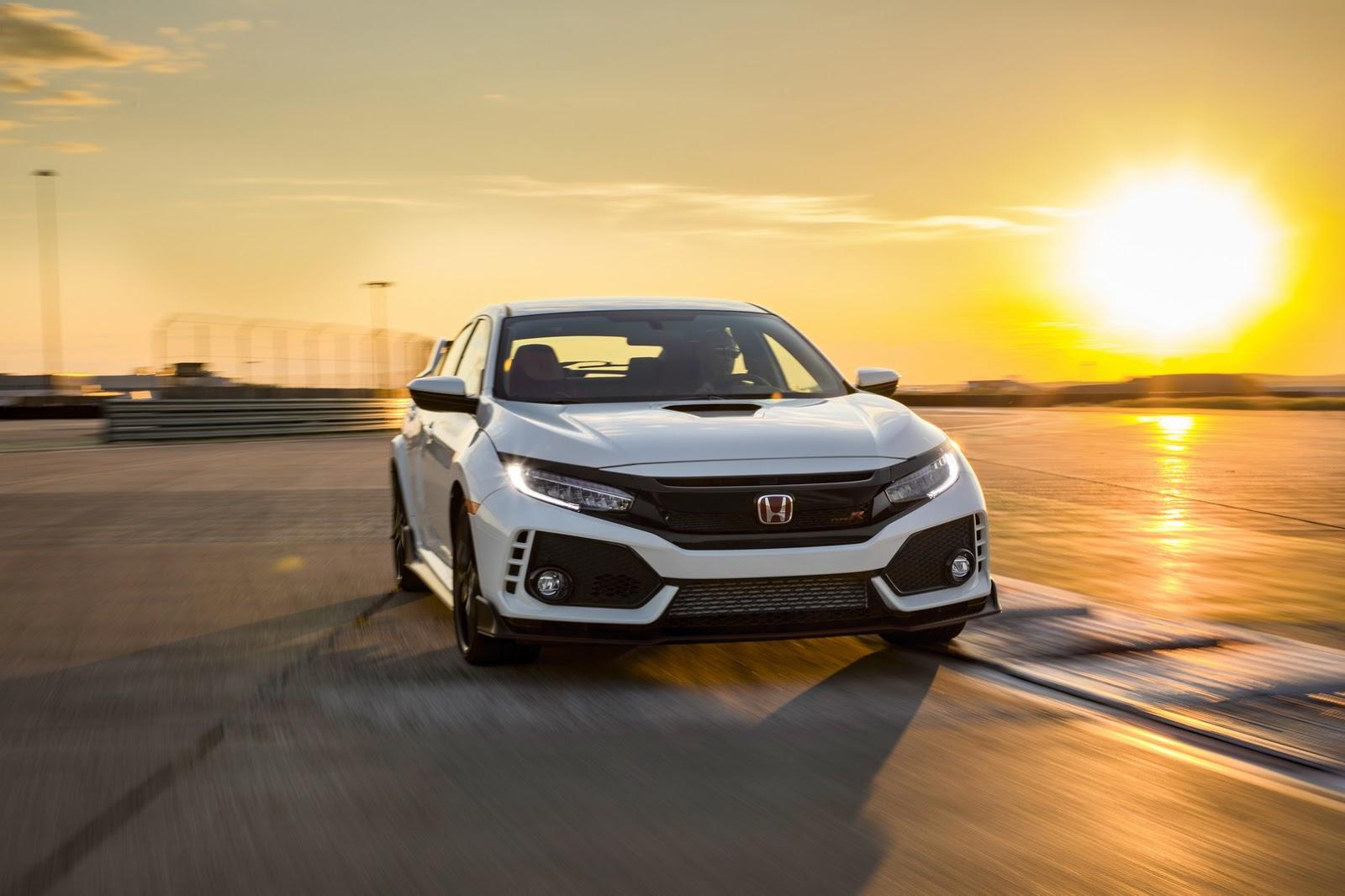 2017_Honda_Civic_Type_R_10