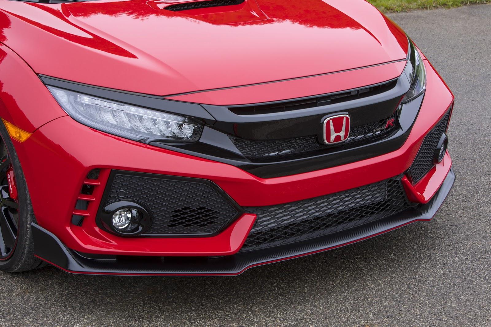 2017_Honda_Civic_Type_R_119