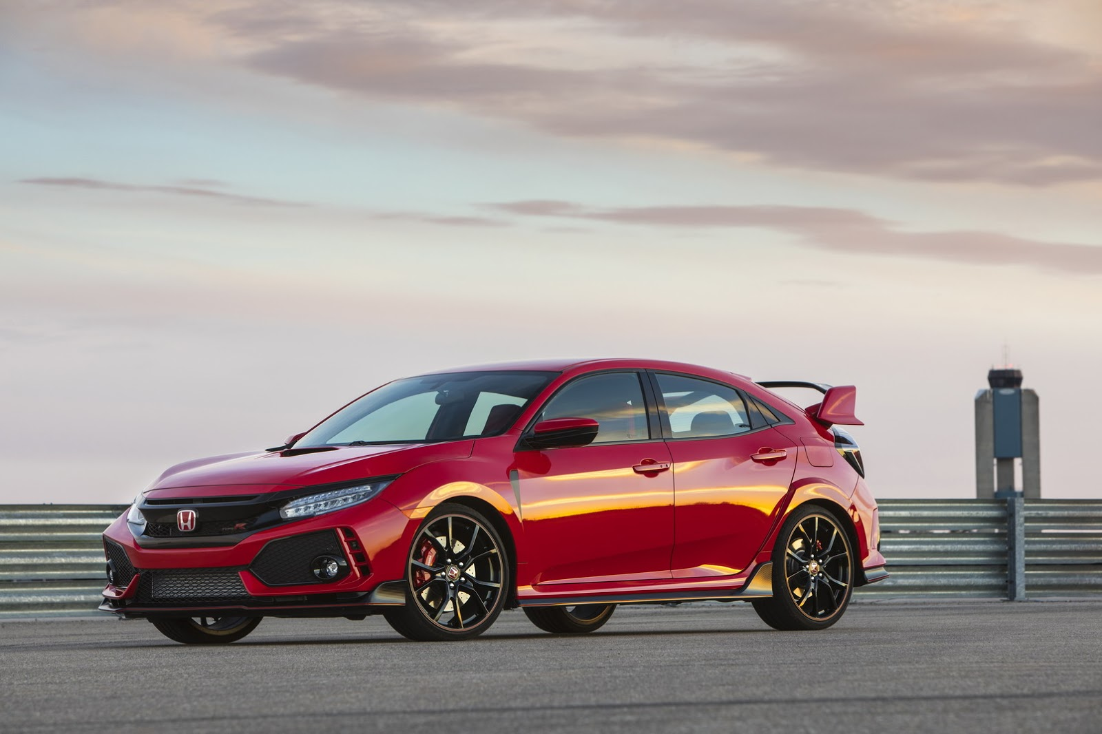 2017_Honda_Civic_Type_R_125