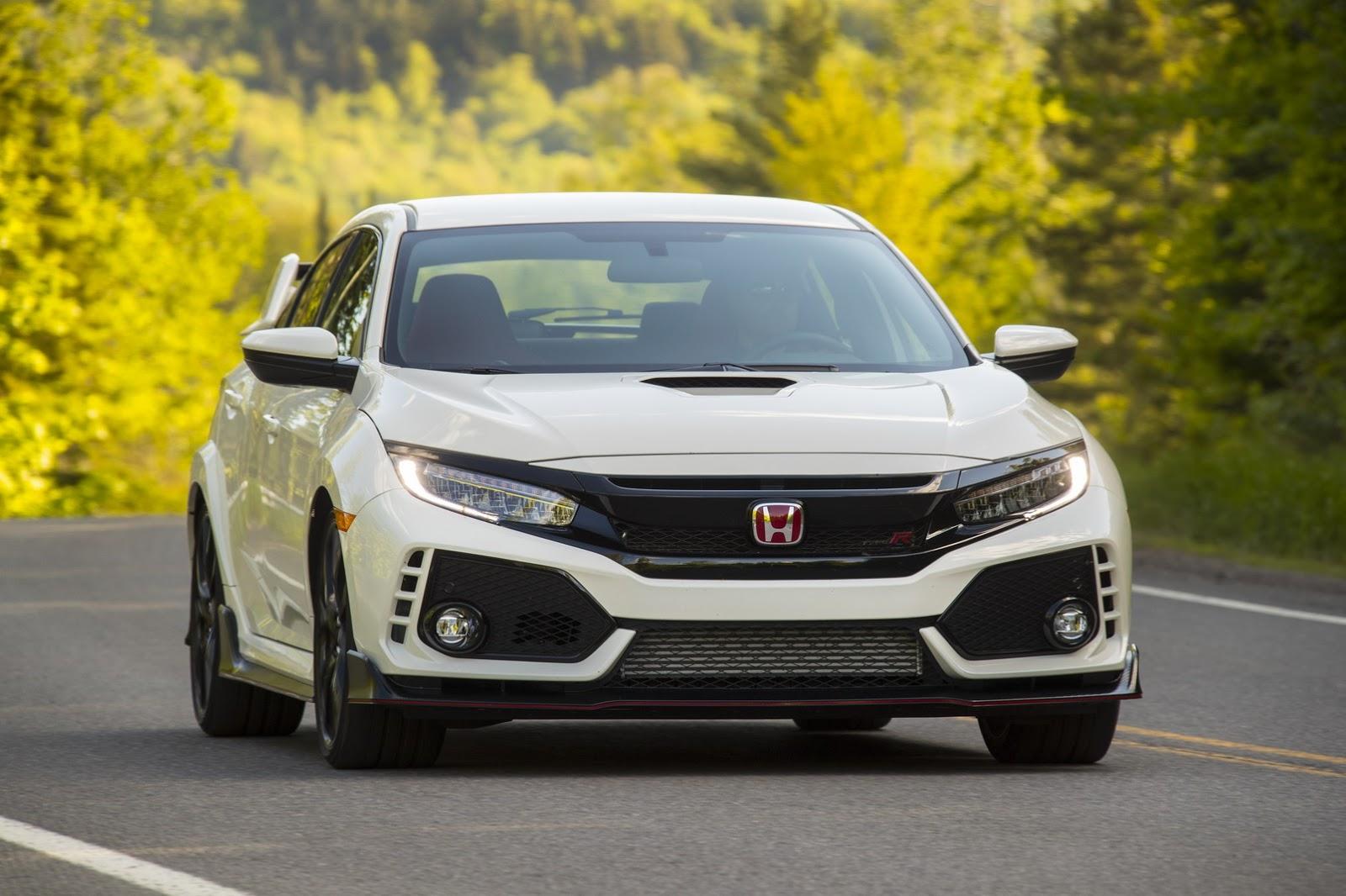 2017_Honda_Civic_Type_R_155