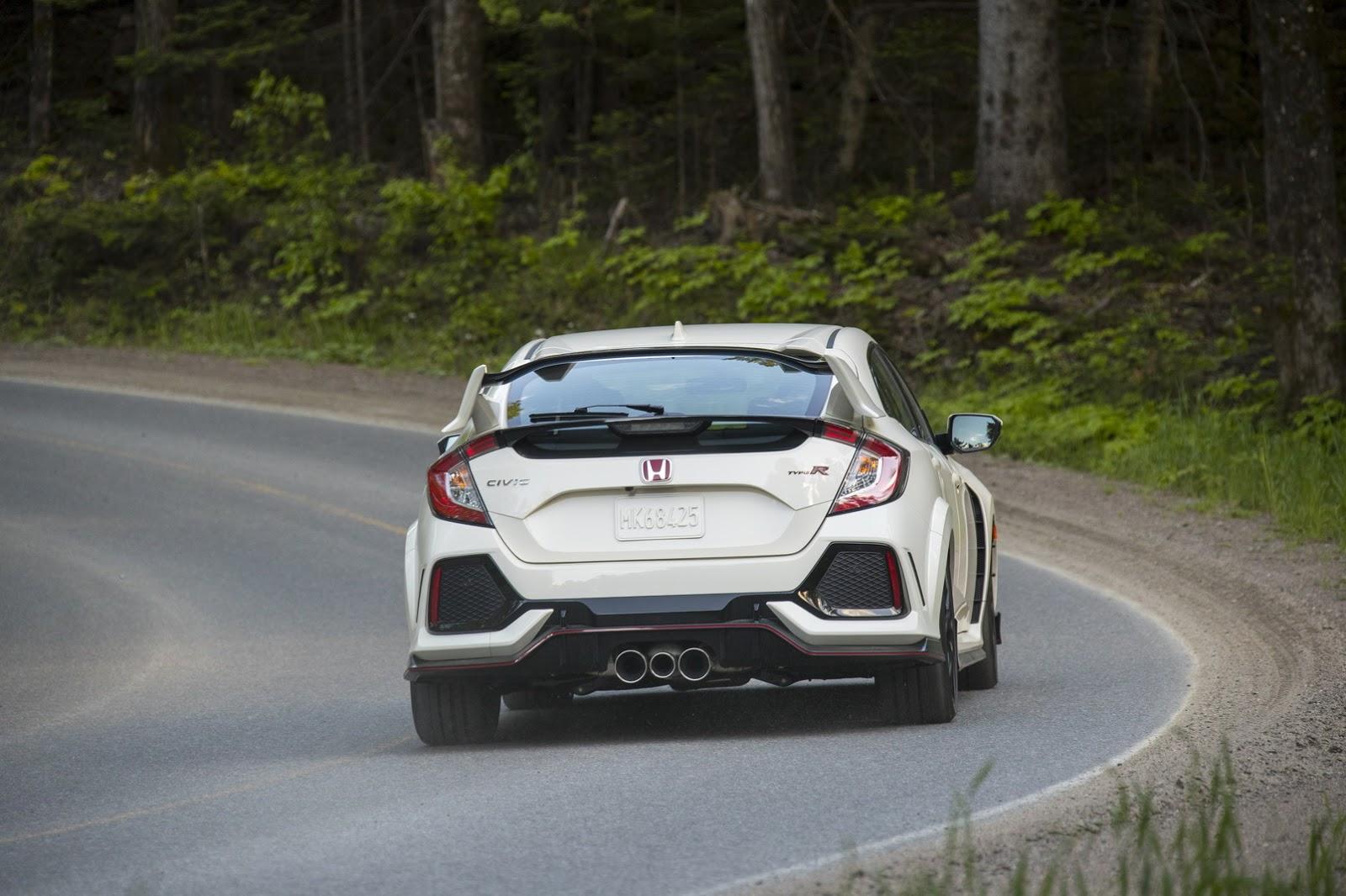 2017_Honda_Civic_Type_R_157