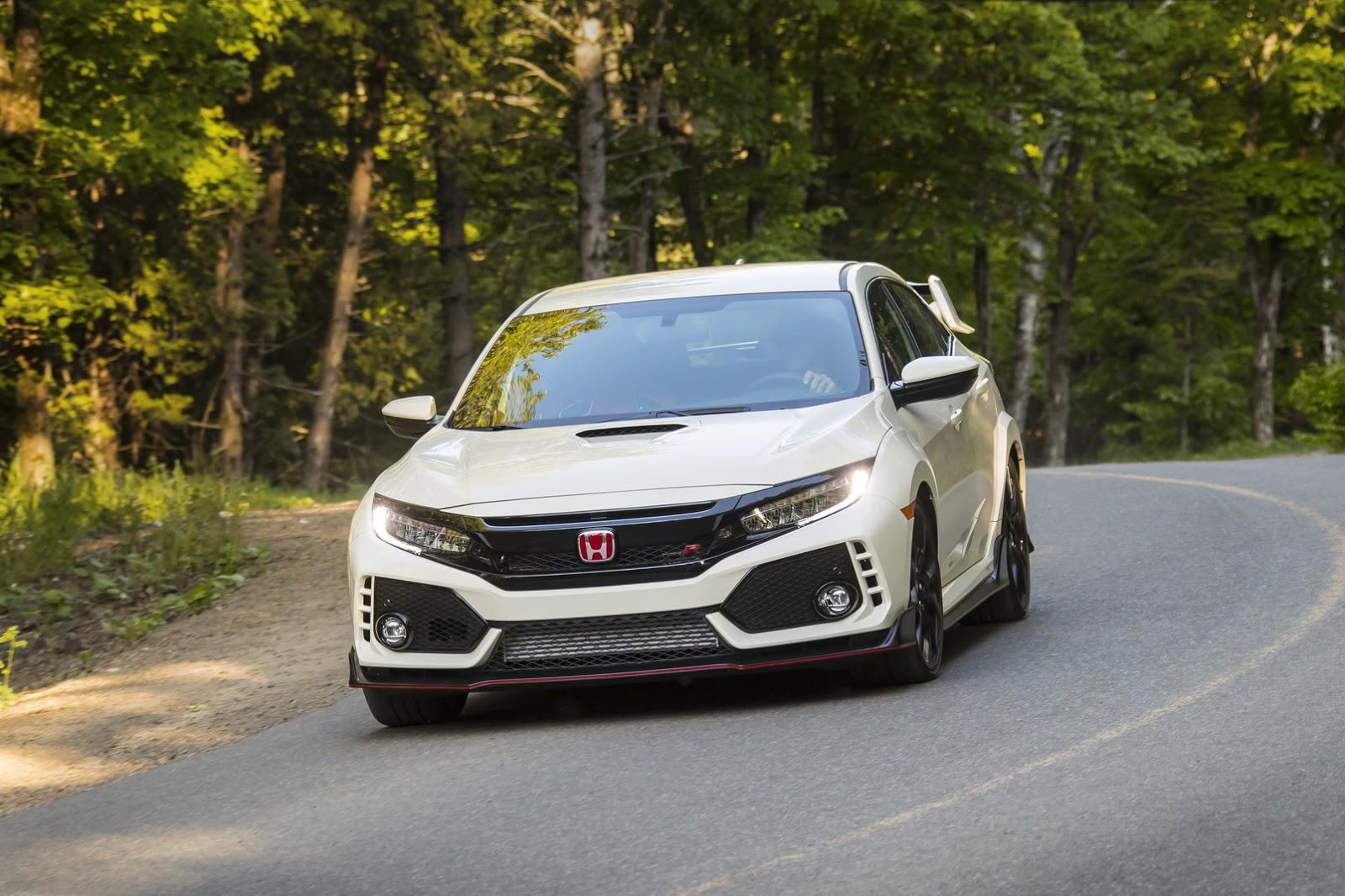 2017_Honda_Civic_Type_R_159