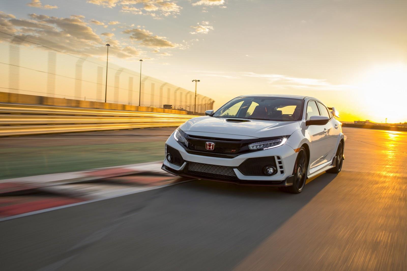2017_Honda_Civic_Type_R_172