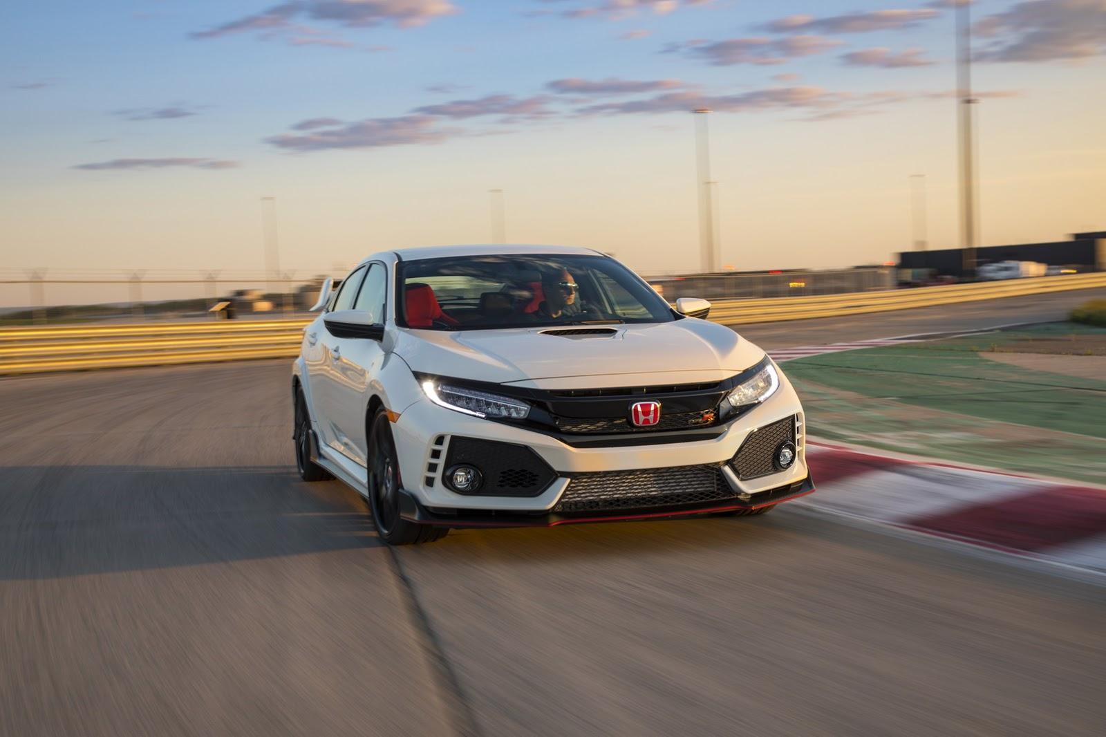 2017_Honda_Civic_Type_R_173