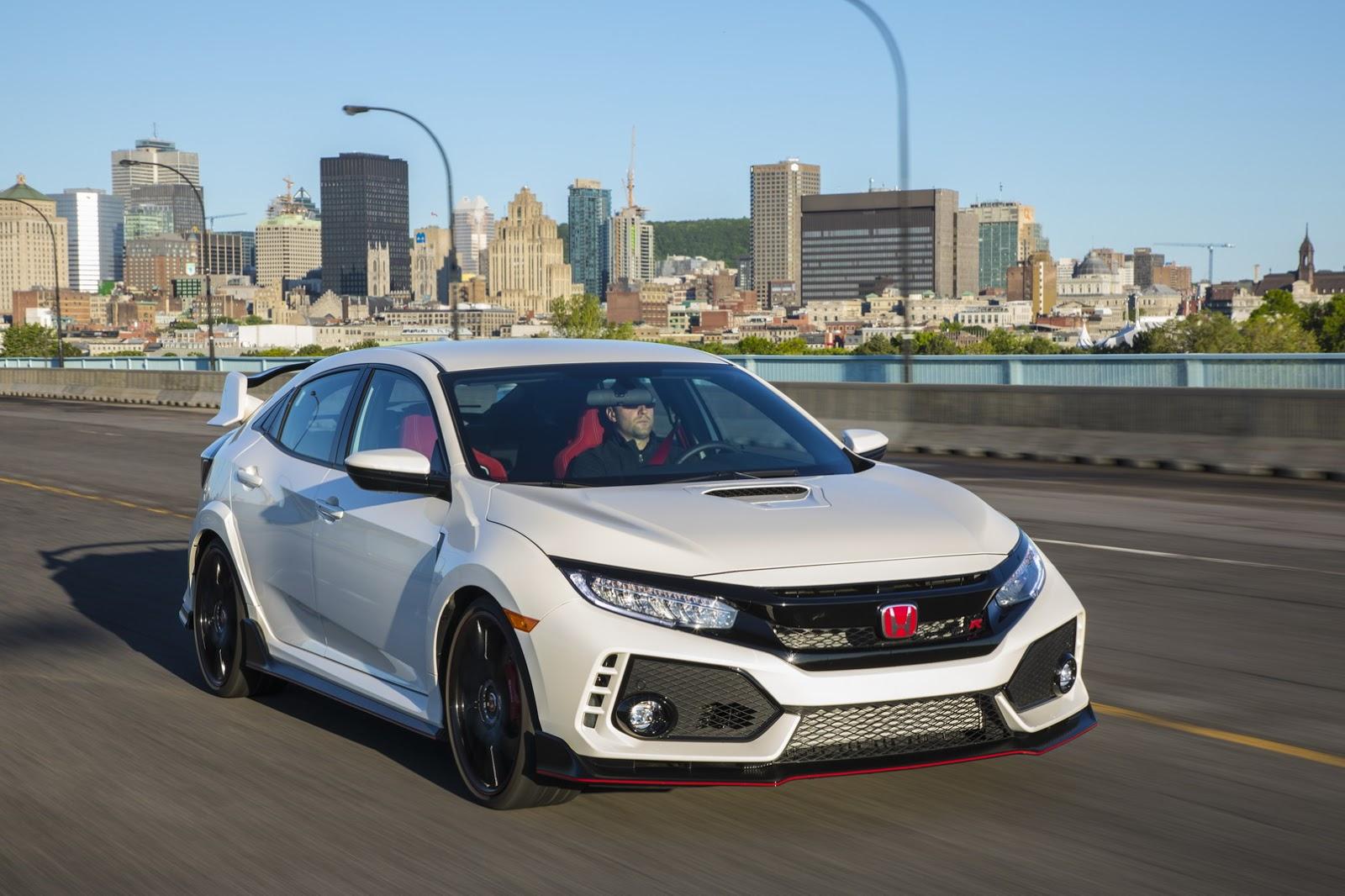 2017_Honda_Civic_Type_R_184