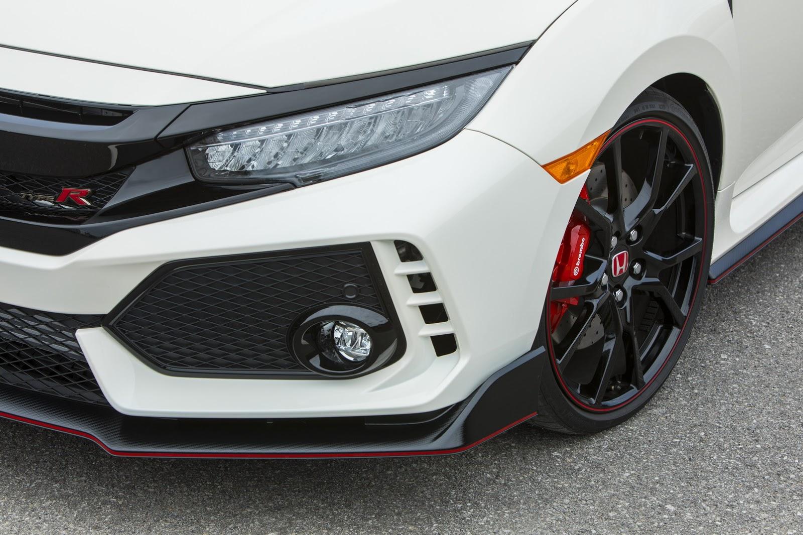 2017_Honda_Civic_Type_R_30