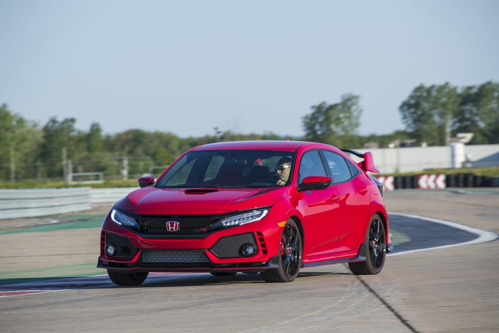 2017_Honda_Civic_Type_R_54