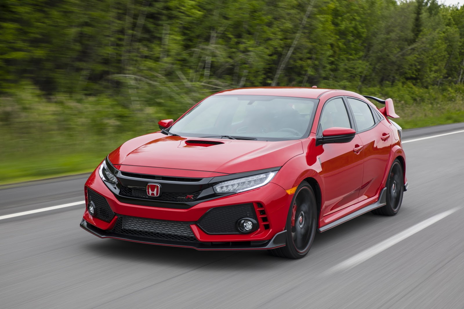 2017_Honda_Civic_Type_R_92