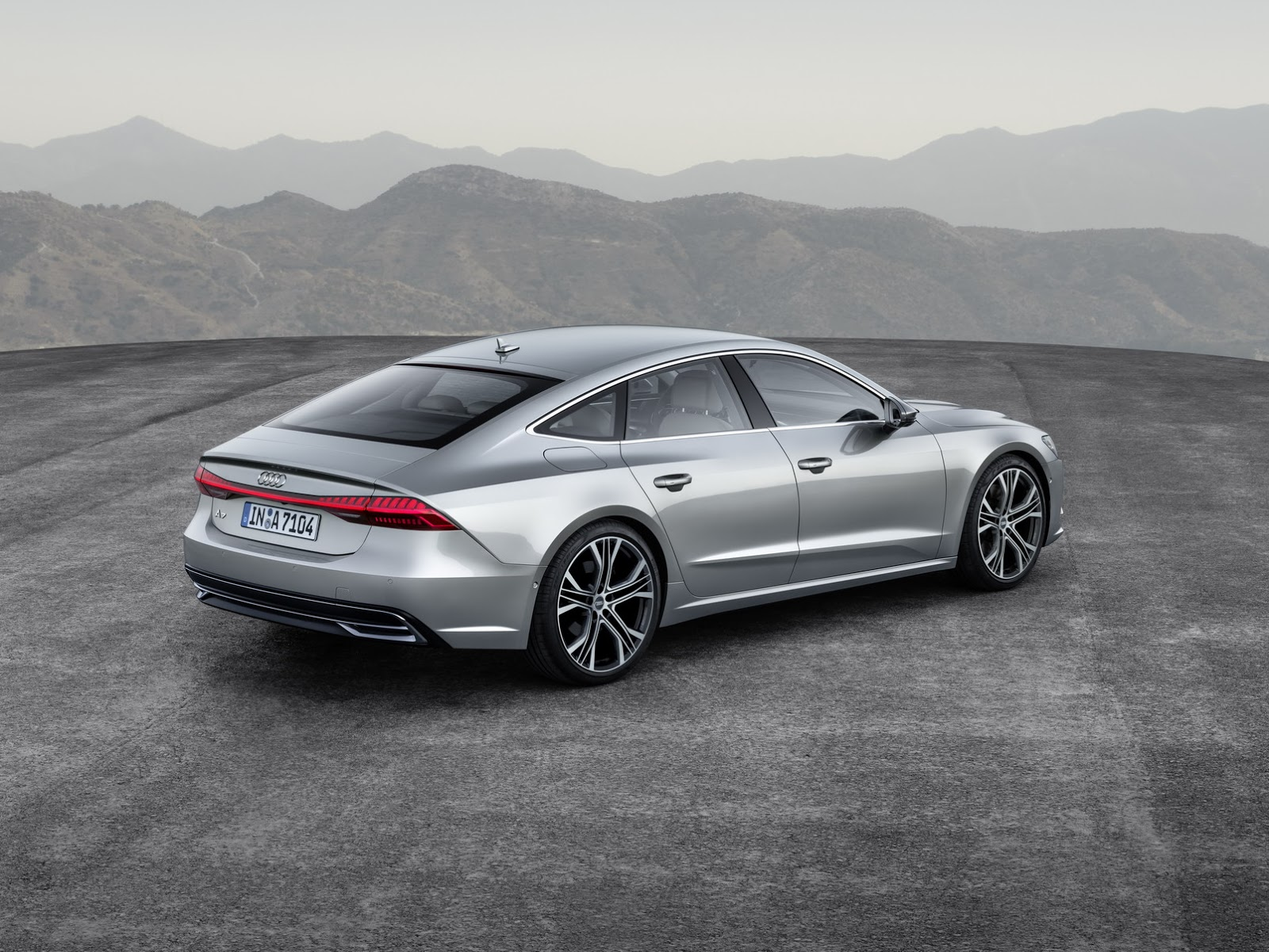 2018_Audi_A7_Sportback_0013