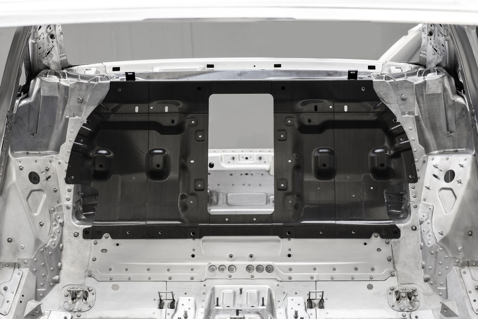 Carbon rear wall of the next Audi A8