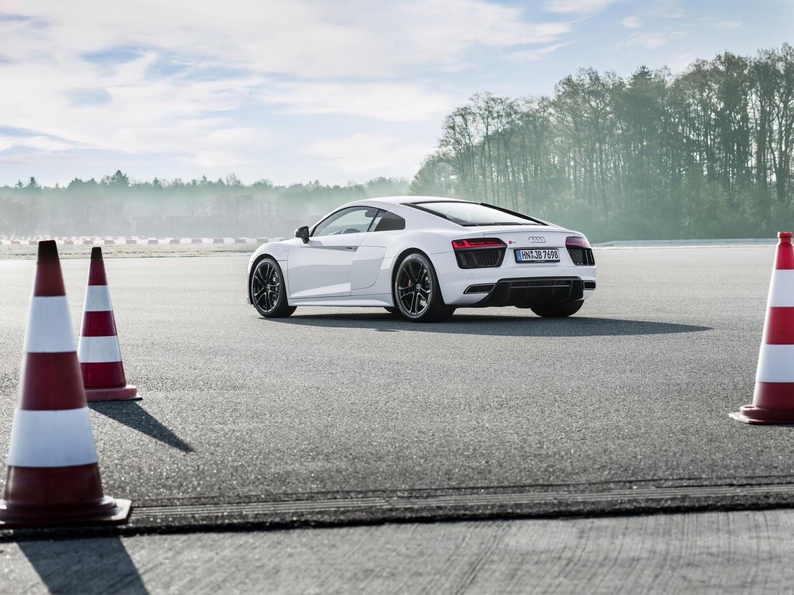 2018_Audi_R8_V10_RWS_32