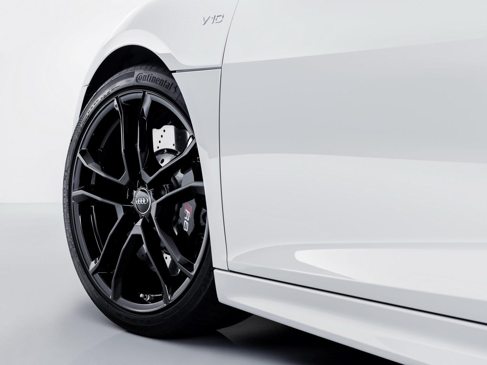 2018_Audi_R8_V10_RWS_75