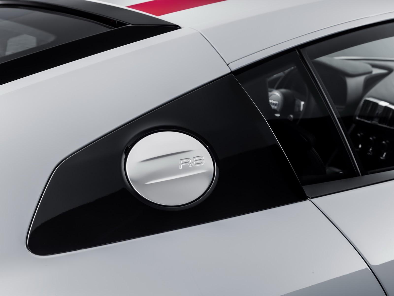 2018_Audi_R8_V10_RWS_80