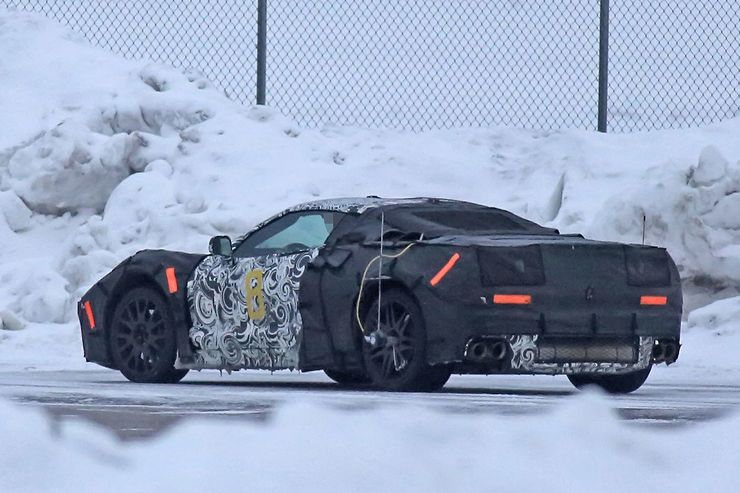 2018_Chevrolet_Corvette_midengined_0006