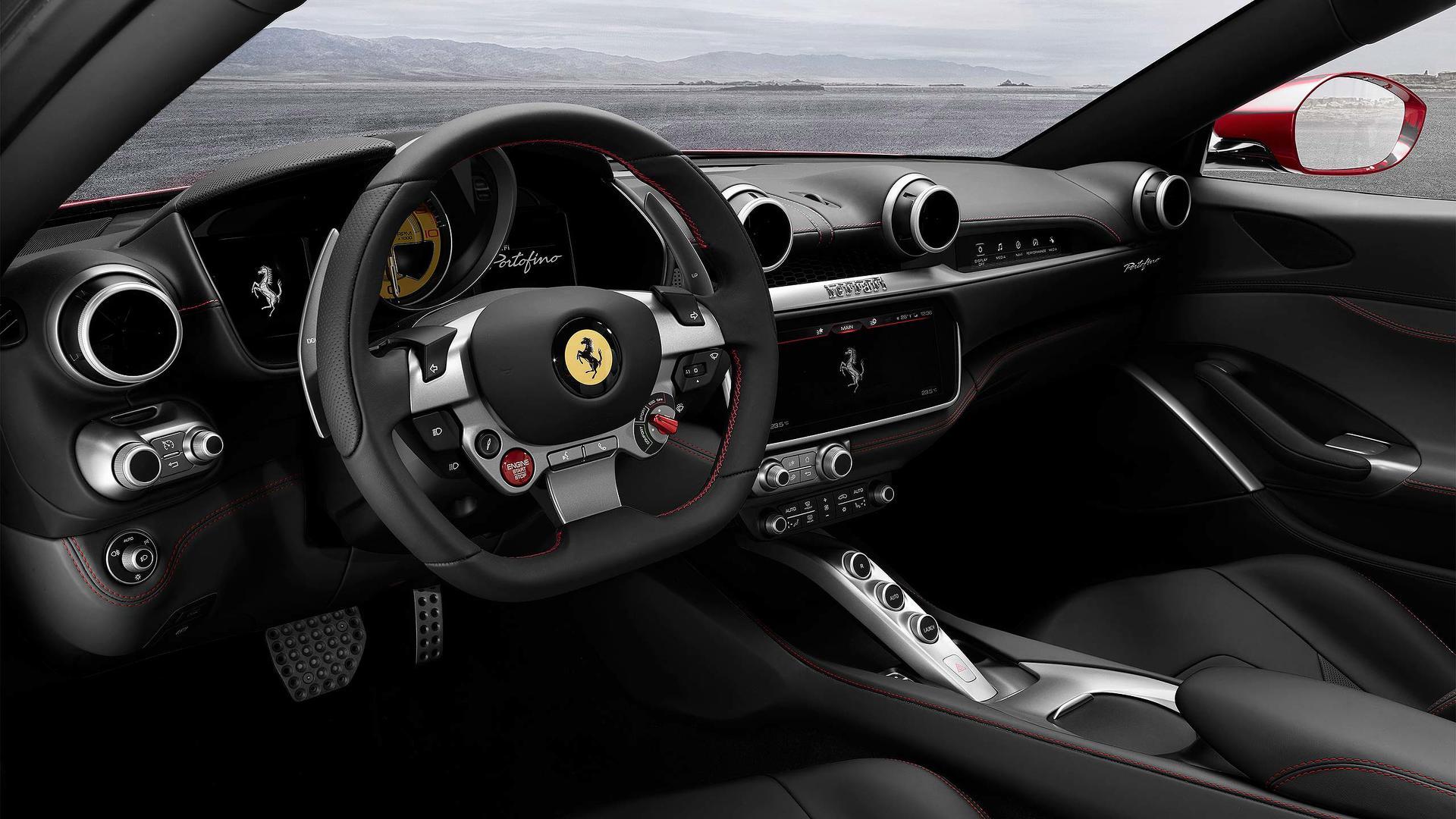 2018_Ferrari_Portofino_06