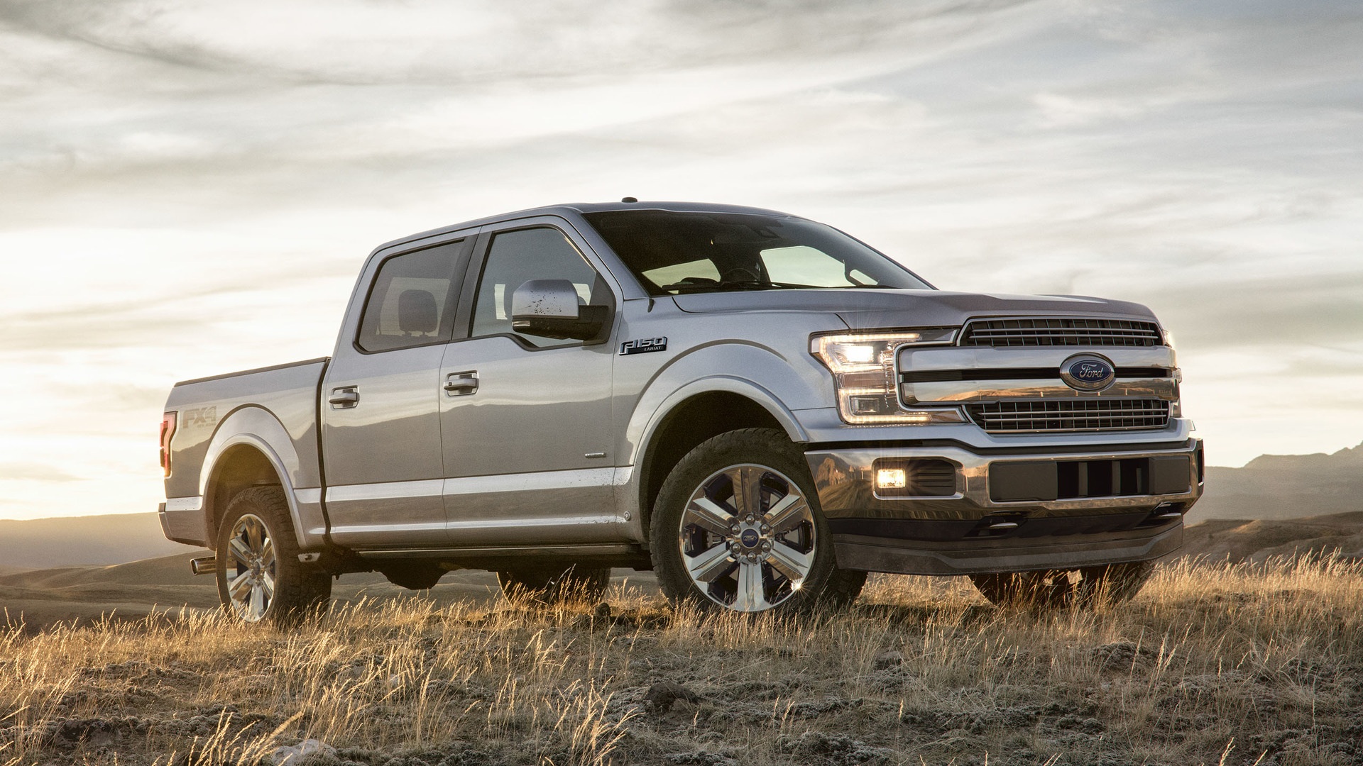 2018_Ford_F-150_01
