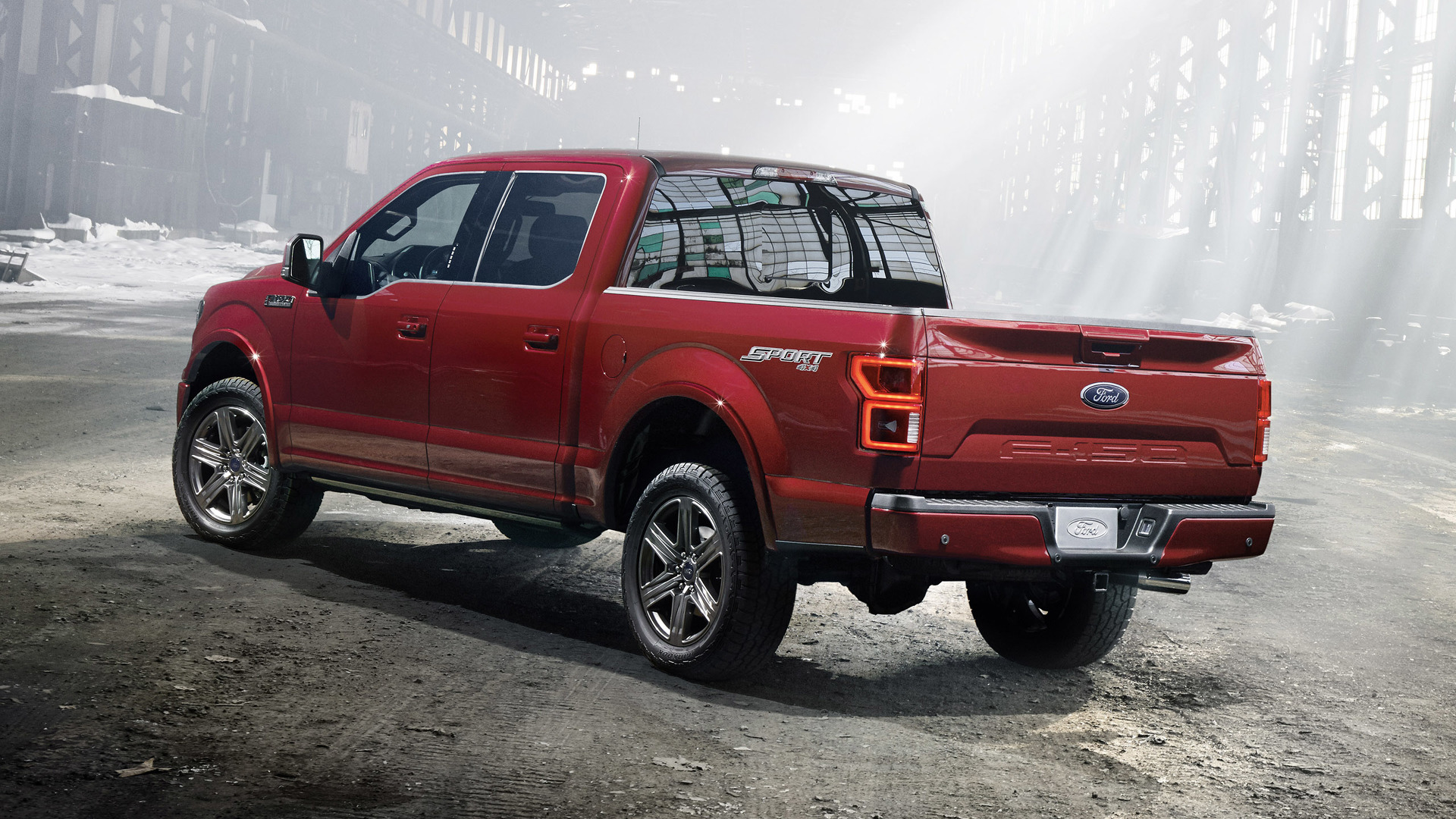2018_Ford_F-150_04