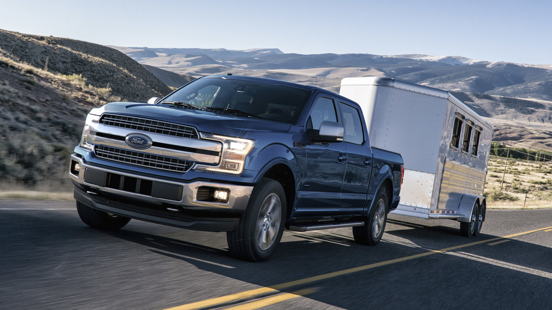 2018_Ford_F-150_08