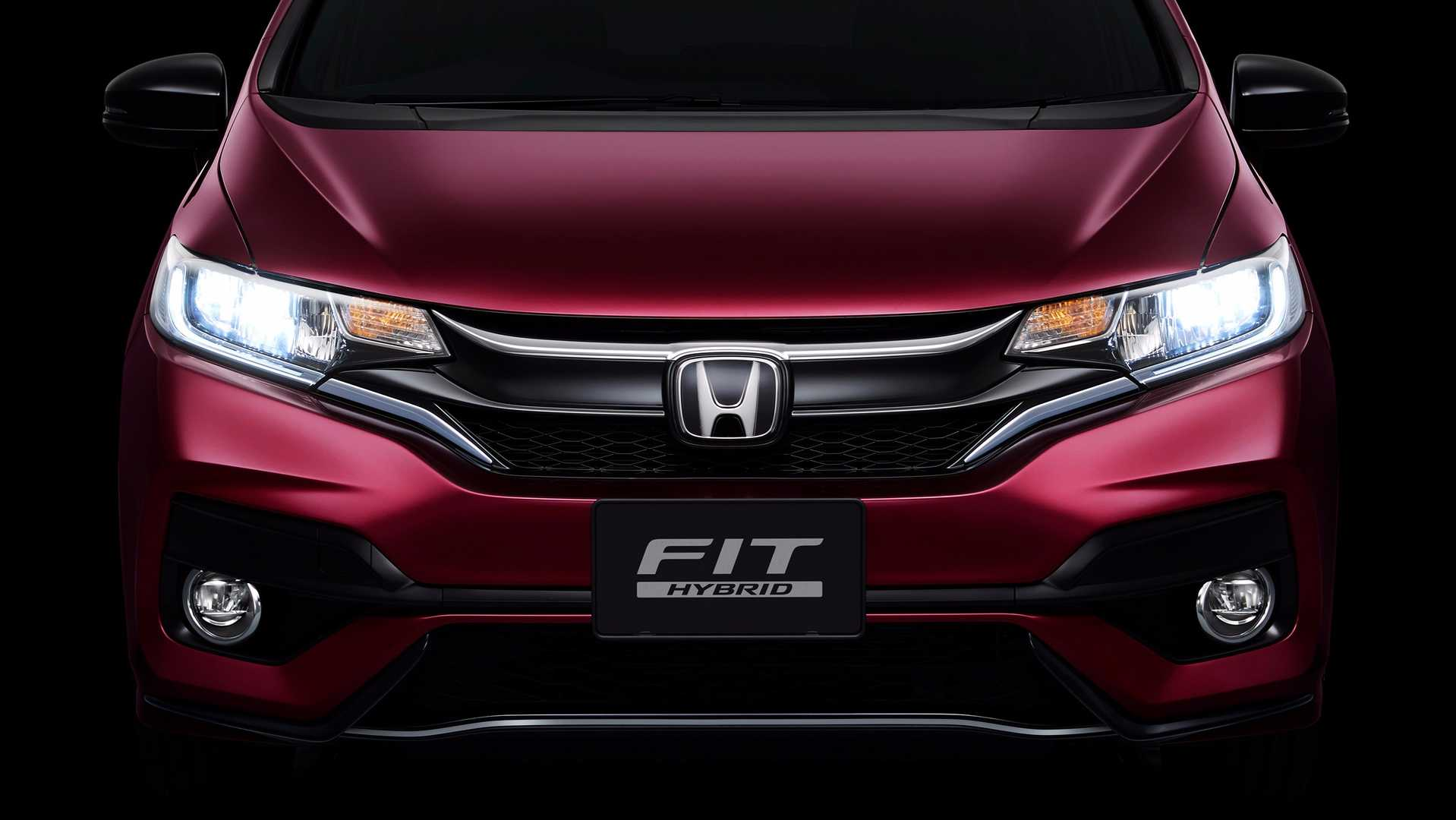 2018_Honda_Jazz_facelift_11
