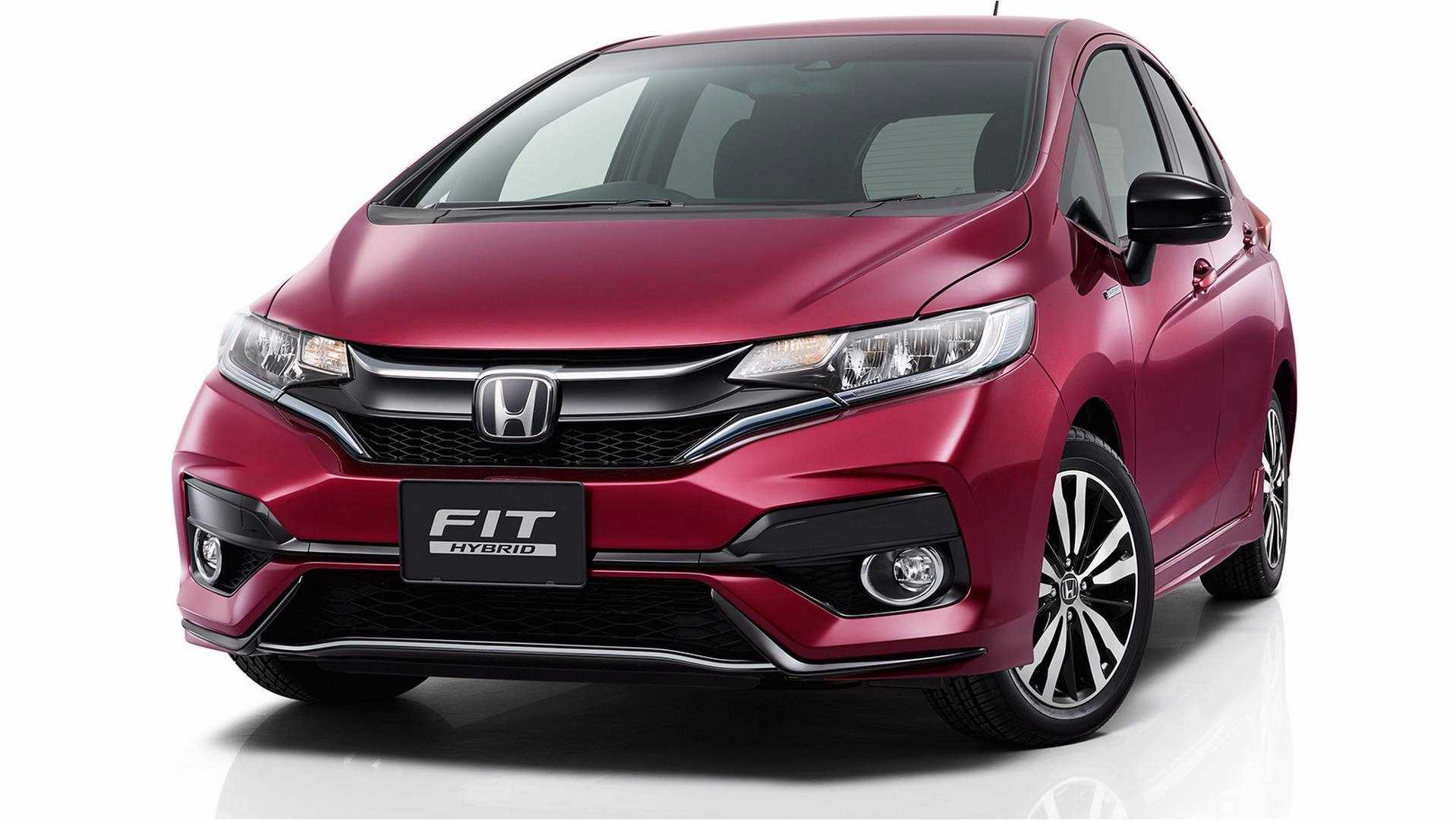 2018_Honda_Jazz_facelift_12