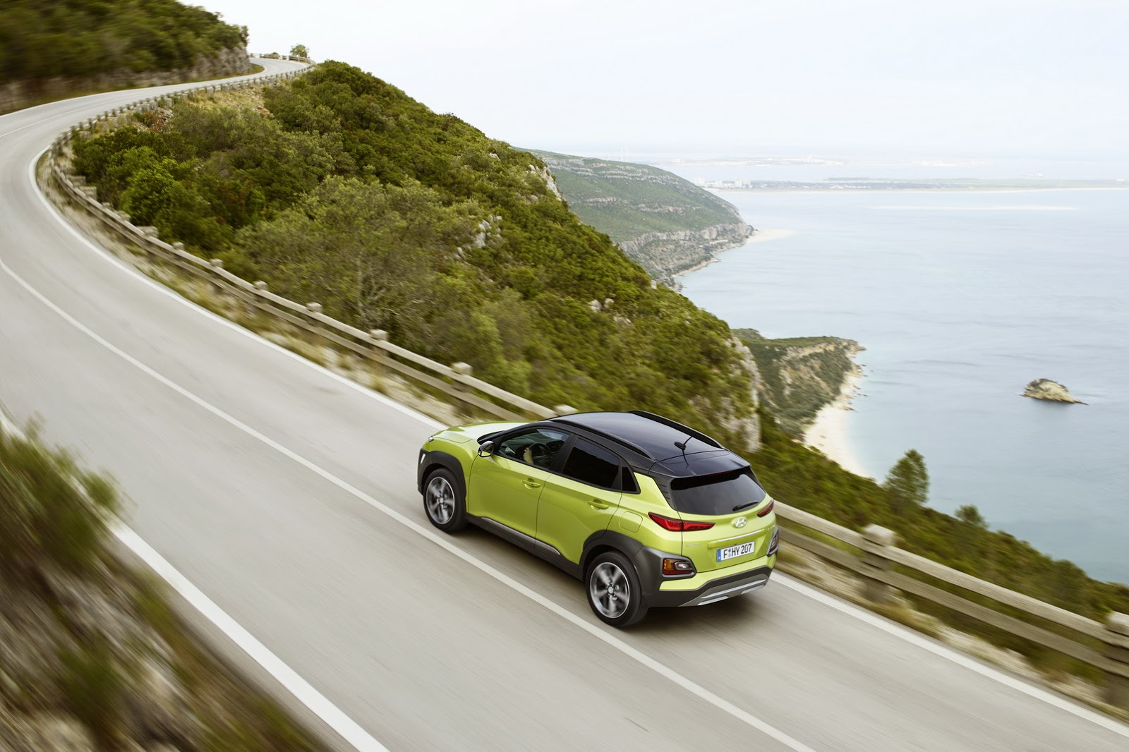 Hyundai-Kona 2018 photos (11)