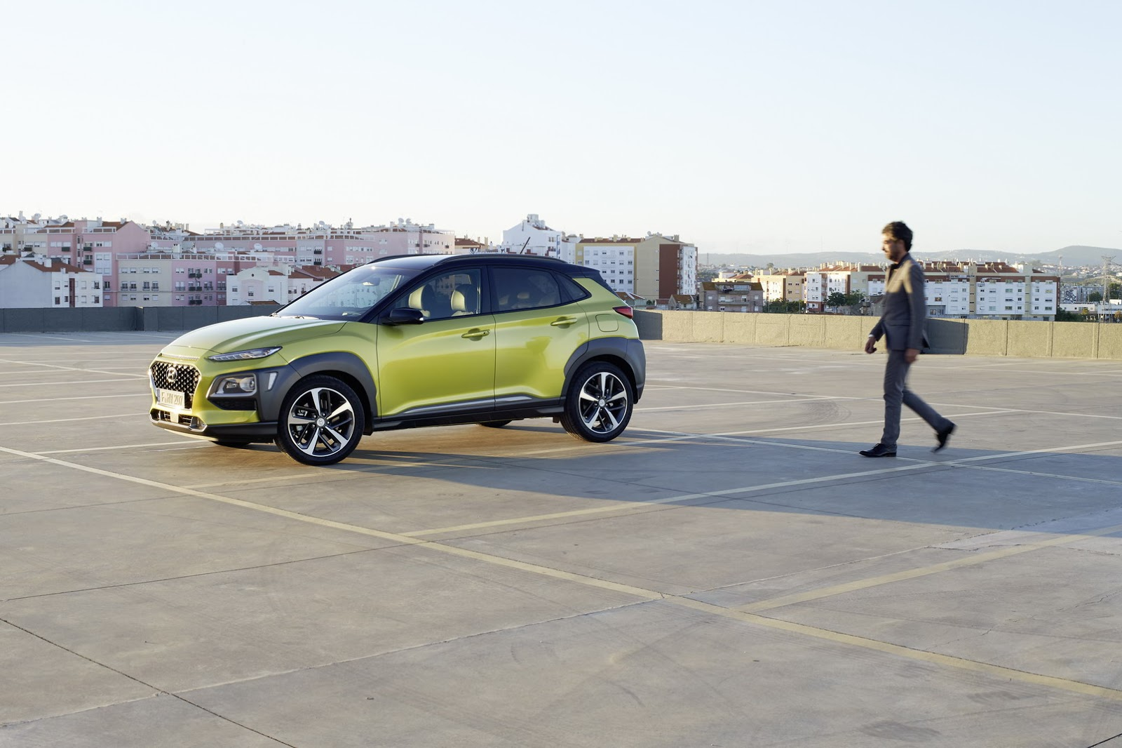 Hyundai-Kona 2018 photos (3)