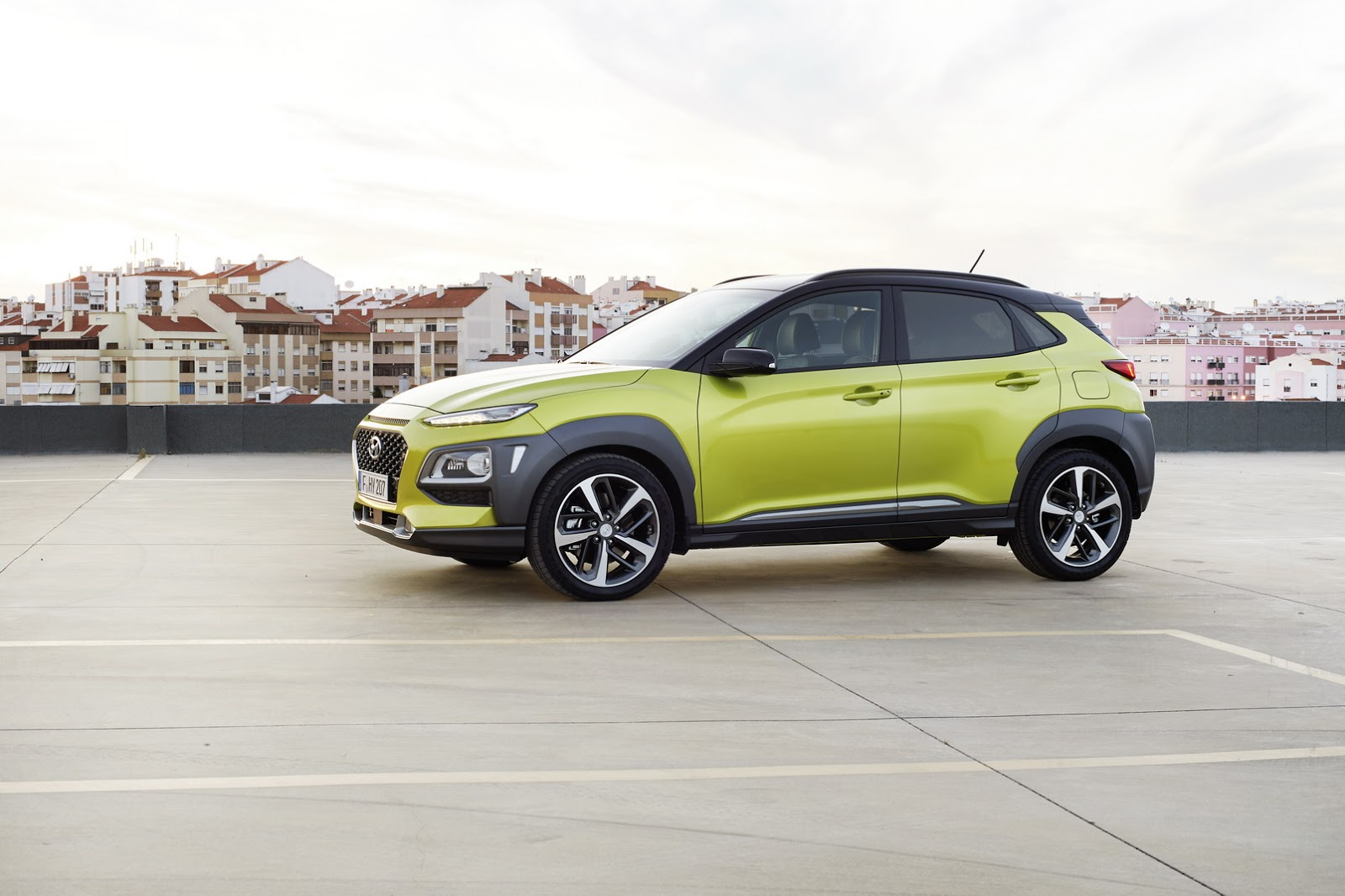 Hyundai-Kona 2018 photos (6)