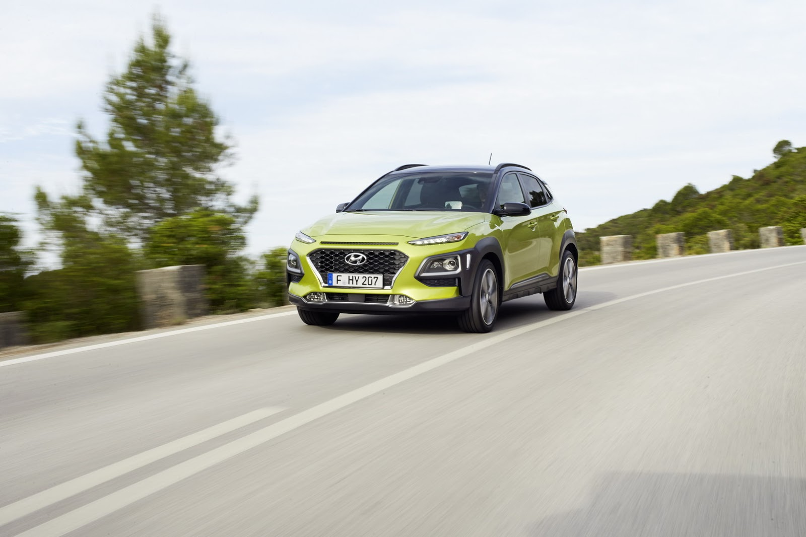 Hyundai-Kona 2018 photos (8)
