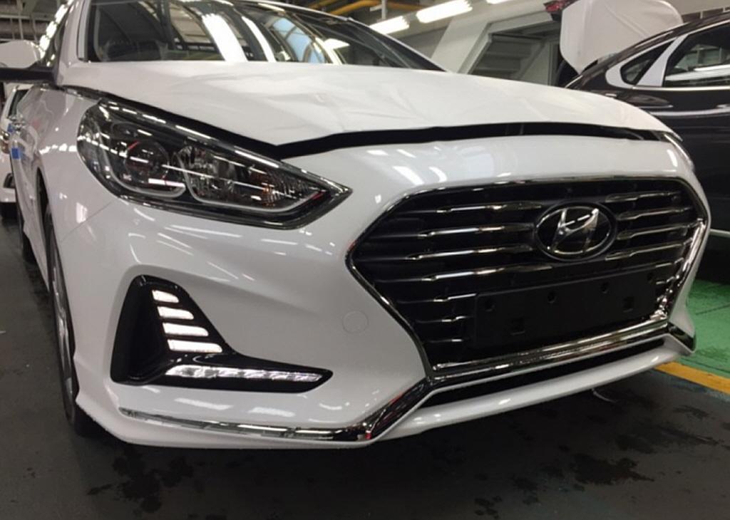 2018_Hyundai_Sonata_leaked_02