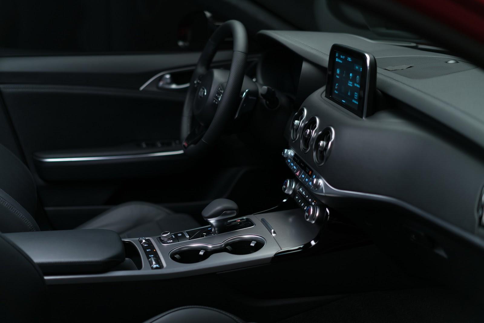 2018 Kia Stinger GT (12)