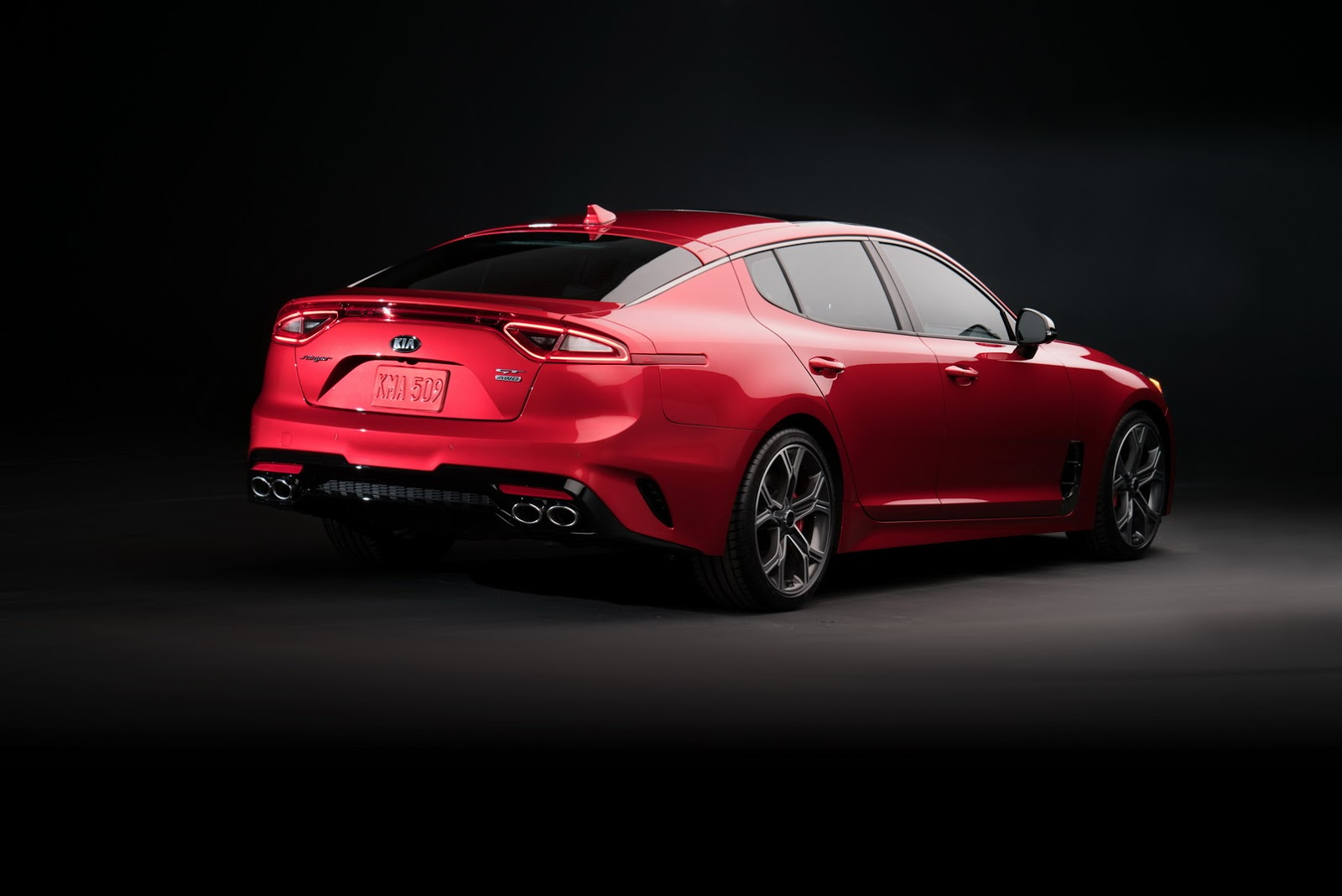 2018 Kia Stinger GT (2)
