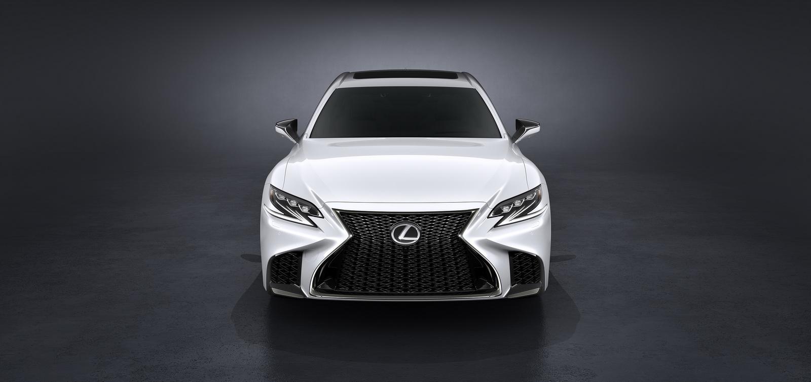 2018_Lexus_LS_500_F_Sport_02