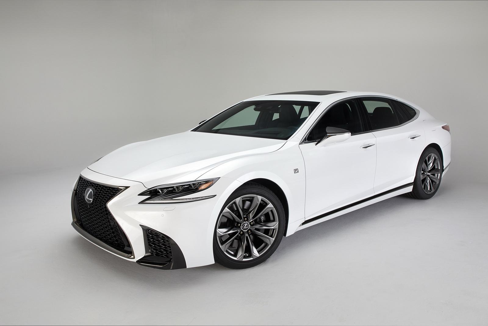 2018_Lexus_LS_500_F_Sport_16