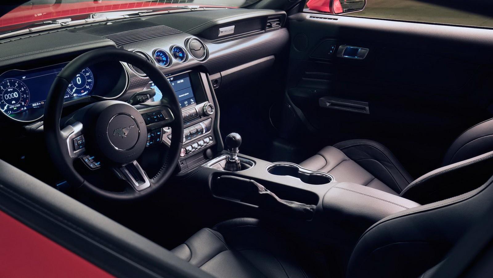 2018_Mustang_GT_0001