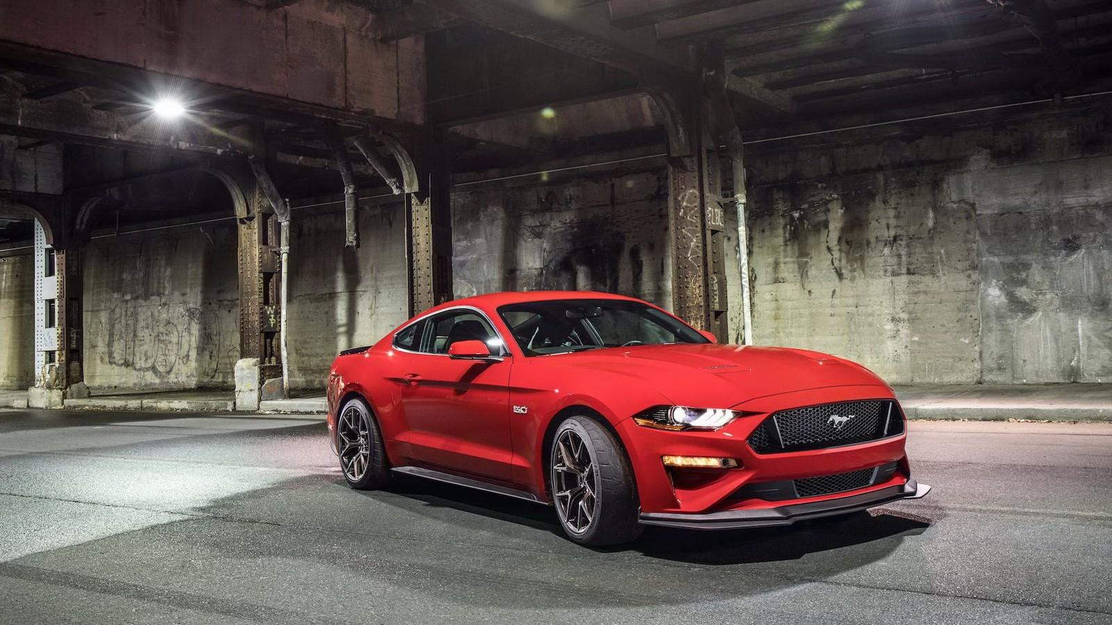 2018_Mustang_GT_0007