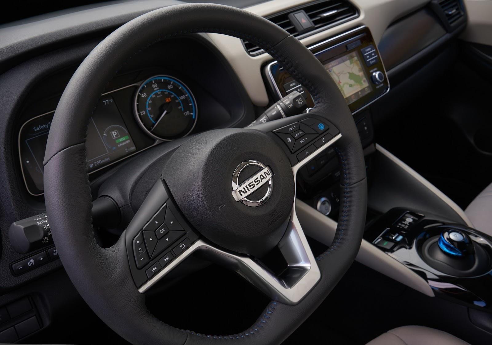 2018_Nissan_Leaf_32